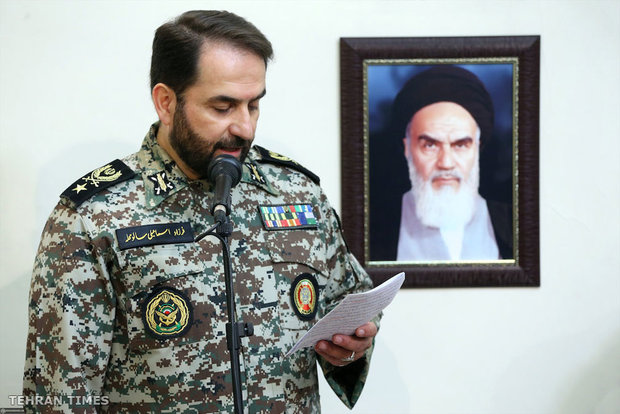 Ayatollah Khamenei receives commanders and officials of IRI's Army