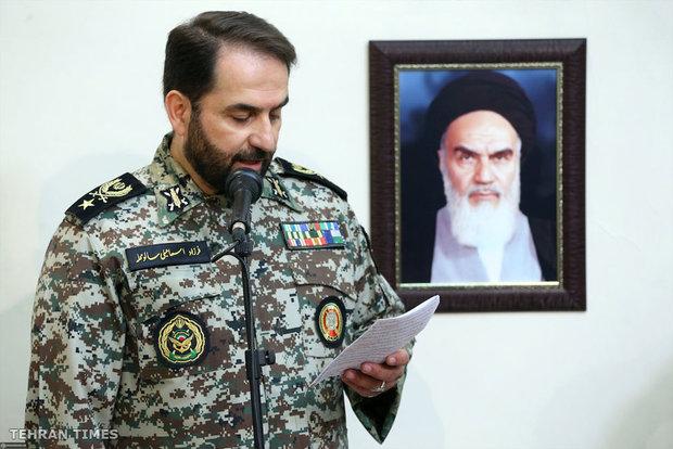 Ayatollah Khamenei receives commanders and officials of IRI's Army