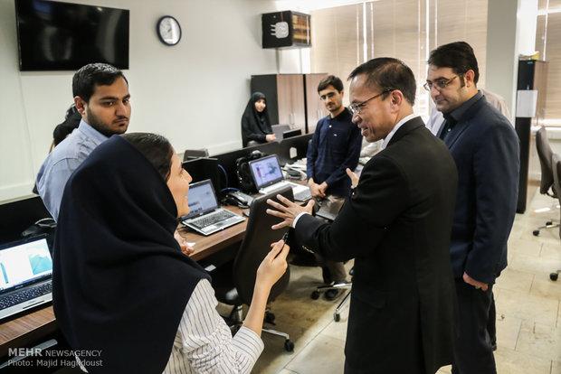 Tayland'ın Tahran Büyükelçisi Mehr'i ziyaret etti