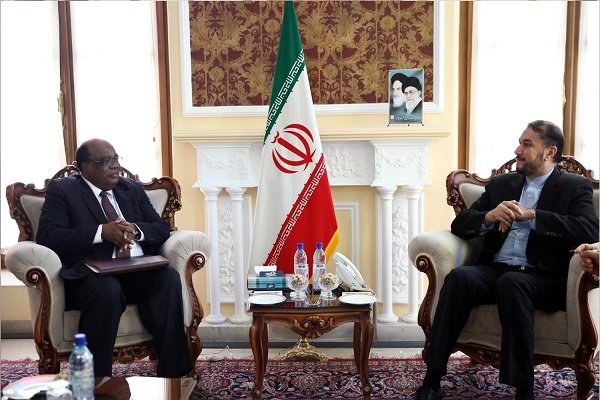 Resistance of Iran, Zimbabwean nations model of struggle for liberty, equality