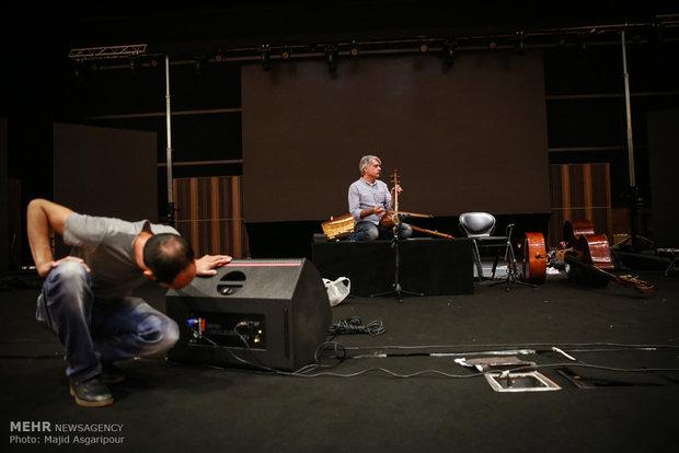 تمرین کنسرت کیهان کلهر با همراهی گروه رامبراندت تريو