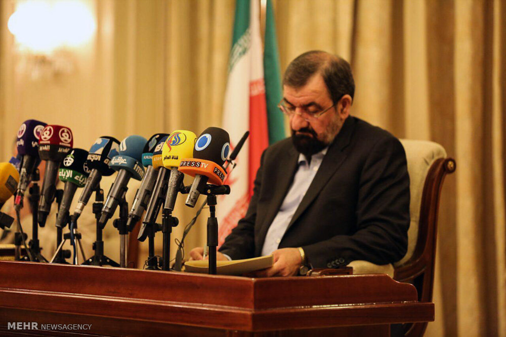 Iran Guard chief warns U.S.  against imposing new sanctions