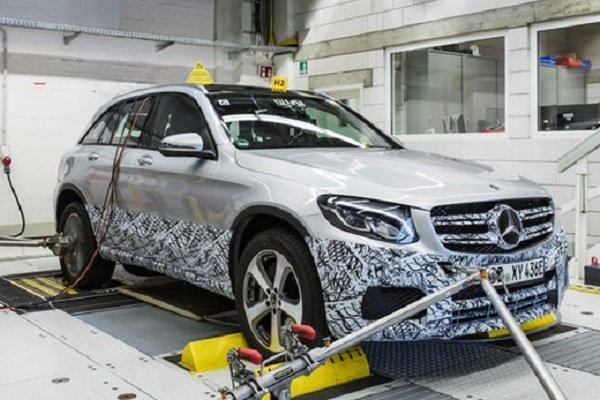مرسدس بنز ۳۵۰ هزار خودرو در چین را فراخوان میکند