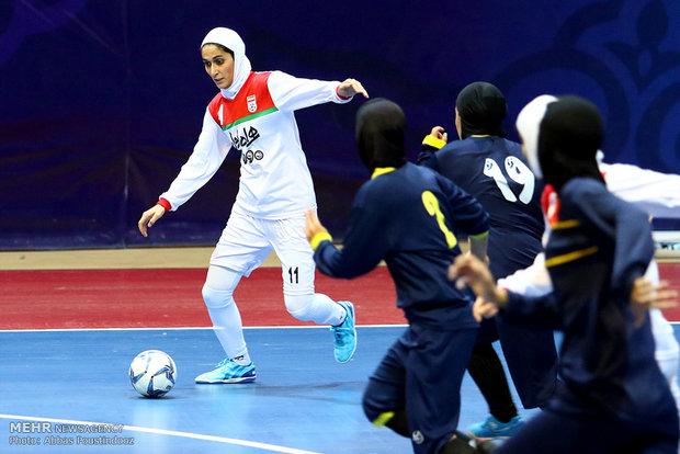 İran Kadın Milli  Futsal Takımı'ndan kareler