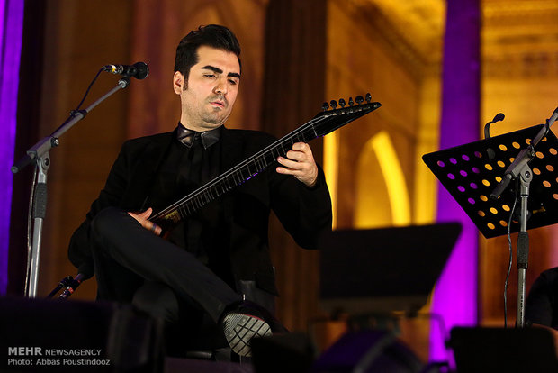 Nazeris stage concert in Isfahan