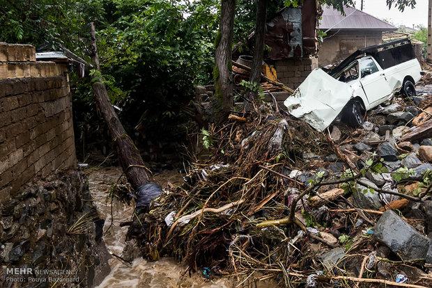 خسارت۵۰ میلیارد تومانی سیل در گیلان/خدمات رسانی ادامه دارد