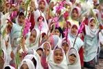 اهدای ۱۰ هزار گلدان به دانشآموزان همدانی در جشن شکوفه ها