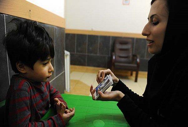 تشدید اتیسم در کودکان با وسایل دیجیتالی/ بهبود با ارتباط گروهی