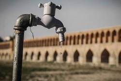 طوفان تشنگی ریشه بناهای تاریخی اصفهان را سوزاند/نشست تا ۵ سال آتی