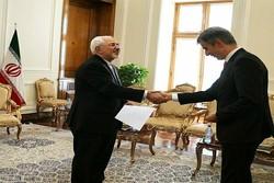 سفیر جدید سوئیس در تهران رونوشت استوارنامه خود را تقدیم ظریف کرد