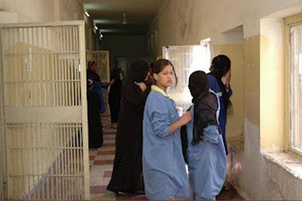 """السلطات العراقية تحتجز 1400 زوجة أجنبية وطفل لمقاتلي """"داعش"""""""