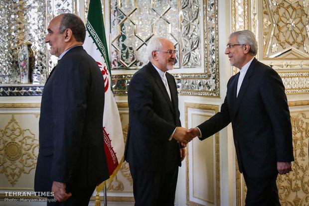 Zarif receives Pakistani counterpart in Tehran