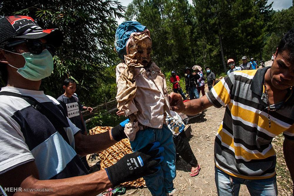 خارج کردن مردگان از گور در اندونزی
