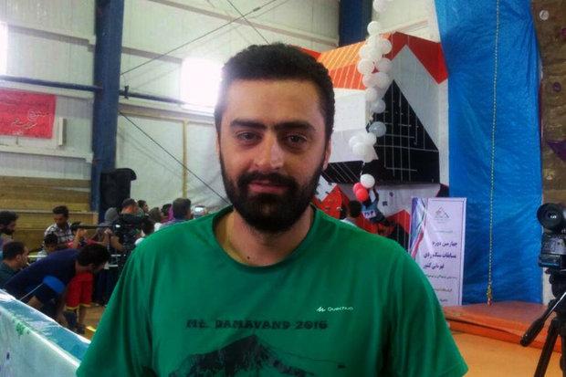 محمود هاشمی مسئول کمیته بین الملل فدراسیون کوهنوردی