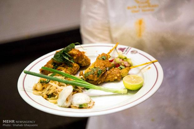 نخستین جشنواره غذاهای تایلندی در رستوران سرو هتل پارسیان آزادی