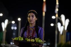 مراسم به احتزاز در آمدن پرچم ایران در دهکده بازی های آسیایی داخل سالن