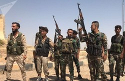 ISIL terrorists surrender to Syrian Gov't forces in Deir Ezzor