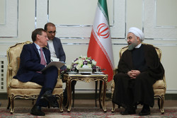 Rouhani urges EU to pressure US into observing N-deal