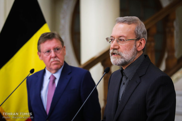Larijani, Belgian counterpart hold press conference in Tehran