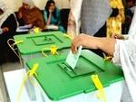 پاکستان میں ضمنی انتخابات کے لیے پولنگ کا عمل جاری