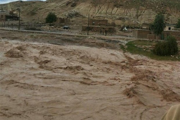 دبی رودخانه کشکان در پلدختر به ۴۴۰ مترمکعب بر ثانیه رسید