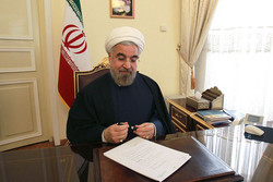 Rouhani greets counterpart on 26th independence anniversary