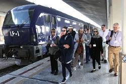 قطار گردشگران خارجی