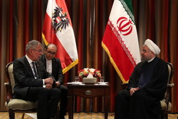 Rouhani urges expansion of ties with Austria, Sweden