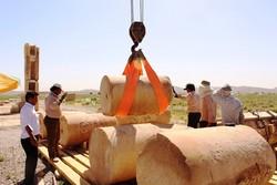 جابجایی کتیبه مسجد اتابکی و ستونهای مجاور کاخ بارعام انجام شد