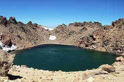 دریاچه قله سبلان.jpg