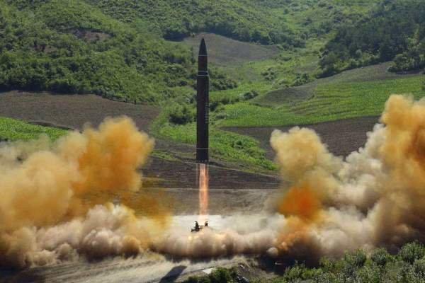 Kuzey Kore'den 'farklı tipte' iki balistik füze denemesi