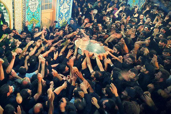 طشتگذاری؛ نماد بیعت با سقای کربلا/آئین ۶۰۰ساله عزاداری در اردبیل