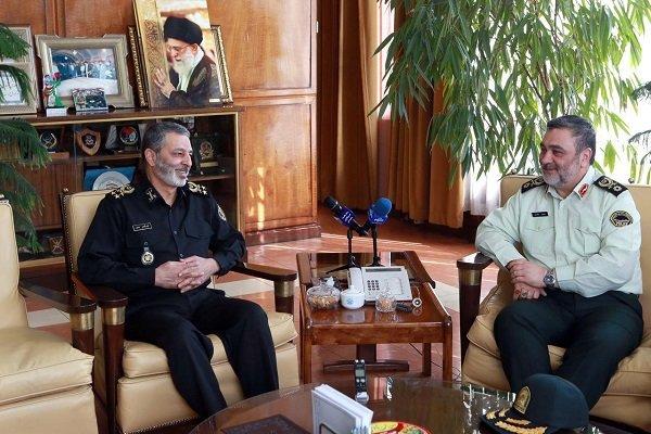 فرمانده نیروی انتظامی با سرلشگر «موسوی» دیدار و گفتگو کرد