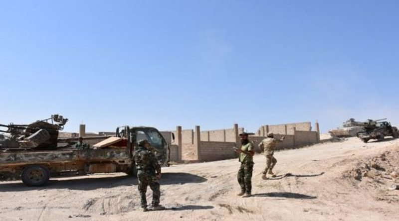 Syrian regime forces cross Euphrates River