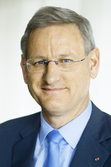 By Carl Bildt