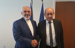 Zarif holds talks with German, French FMs