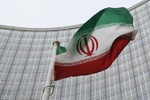 المسؤولون الإيرانيون يقفون صفا واحدا تجاه التهديدات الأمريكية الأخيرة
