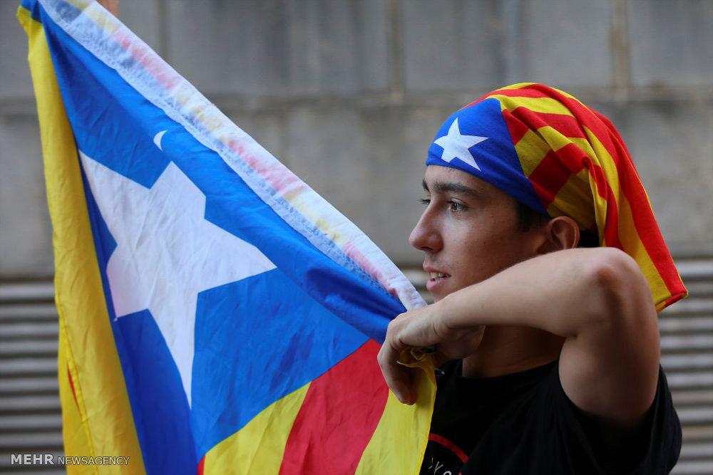 تظاهرات ج طلبان در بارسلونا