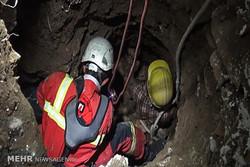 عملیات نفسگیر آتش نشانها برای نجات مرد ۴۵ ساله