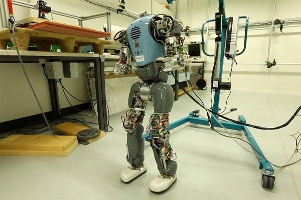 Mannequin robot among top eight in ICSR 2017