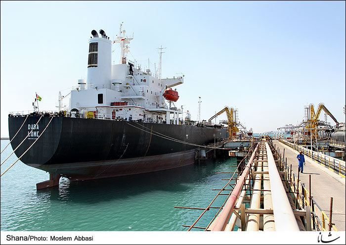 Undeterred By Trump's Rhetoric, Iran Boosts Crude Exports