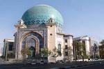 کتابخانه حسینیه ارشاد به اعضای نیروی هوایی هدیه میدهد