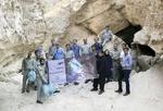 فعالان محیط زیست به پاکسازی غارها رفتند