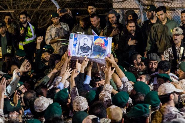 ورود پیکر شهید محسن حججی به ایران
