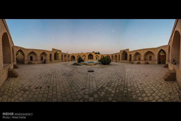 تصویب طرح مرمت کاروانسرای شاه عباسی دامغان و احیا گرند هتل قزوین