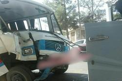 ۱۲ مصدوم در پی حادثه برای ۲ سرویس مدرسه در کیش