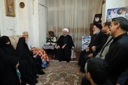 روحاني : الشعب الايراني عبر عن تقديره لتضحيات  الشهداء من خلال مشاركته بتشييع الشهيد حججي