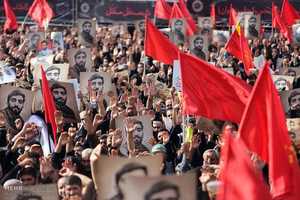 مراسم تشییع پیکر پاک شهید مدافع حرم «محسن حججی» آغاز شد