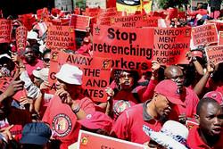 بزرگترین اتحادیه تجاری آفریقای جنوبی اعتصاب کرد