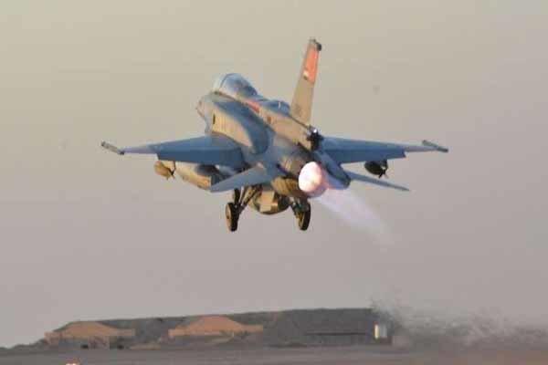 القوات المصرية تبدأ عملية شاملة لما تسميه مكافحة الإرهاب